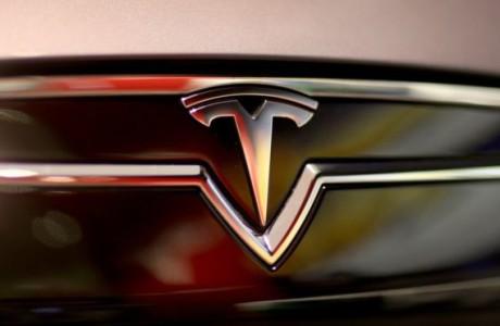Tesla Launches 'Autopilot