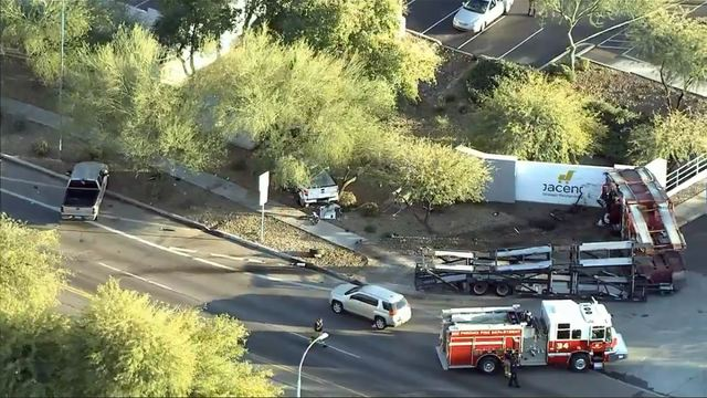 Phoenix fire truck crash