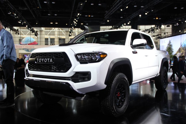 White Toyota 4runner Lifted >> 2019 Toyota Tacoma TRD Pro Shows Off Snorkel Intake Ahead Of Chicago - The Social Magazine